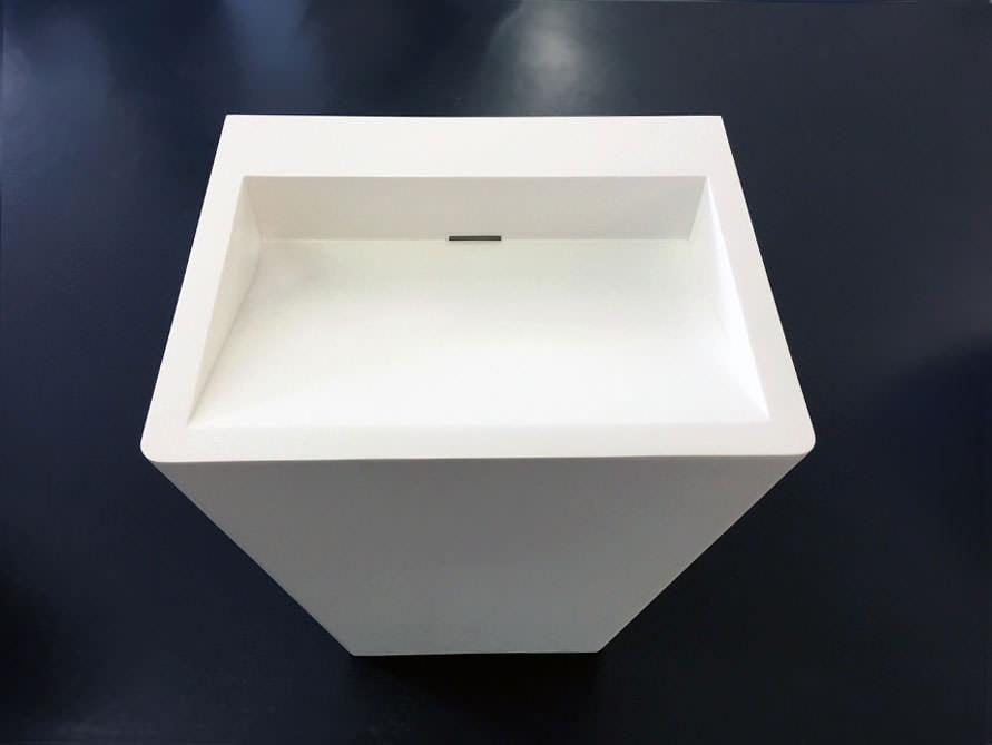 standbecken trebbia aus edlem mineralguss ebay. Black Bedroom Furniture Sets. Home Design Ideas