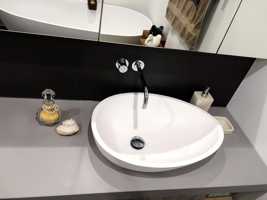 waschbecken aufsatzbecken b dermax cesano mineralguss exklusives ei design ebay. Black Bedroom Furniture Sets. Home Design Ideas
