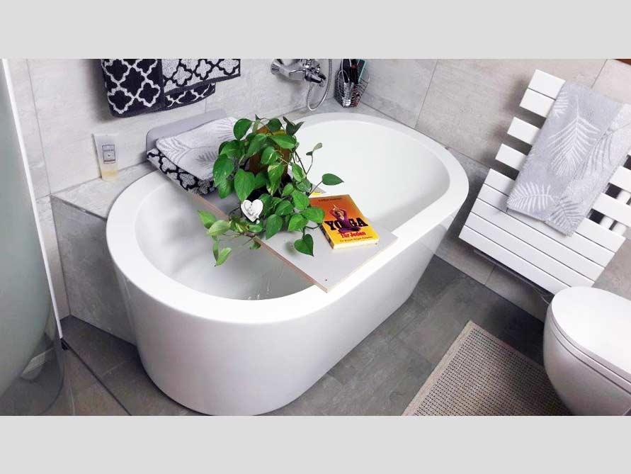 Badezimmer-Idee mit der freistehenden Badewanne Almeria 149
