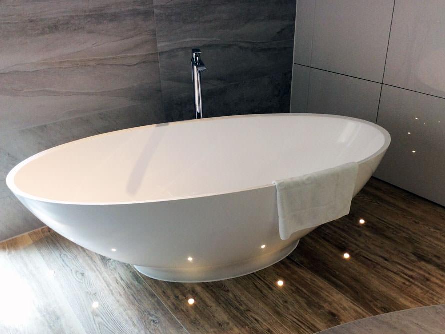 badezimmer idee barletta freistehenden badewanne. Black Bedroom Furniture Sets. Home Design Ideas