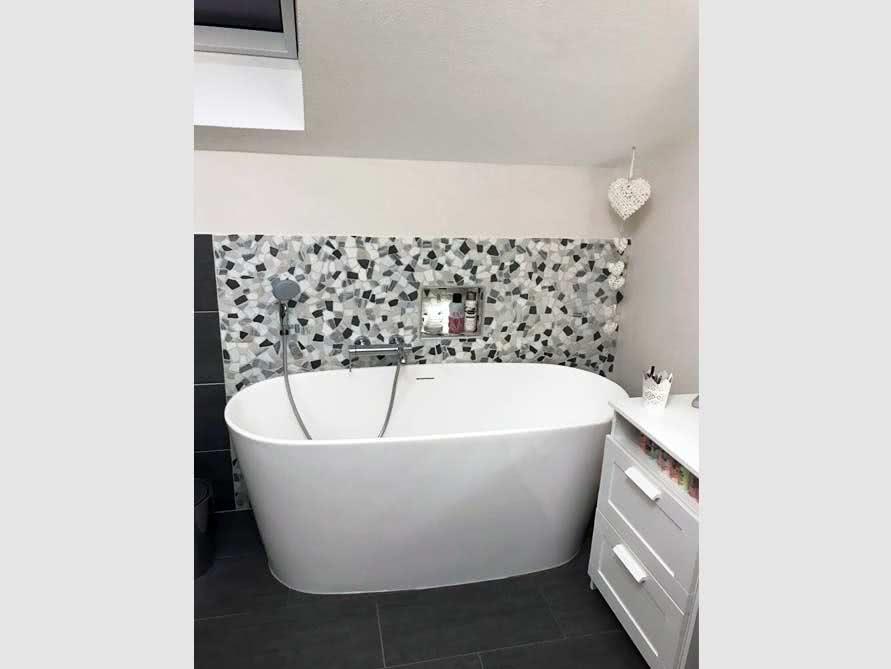 Badezimmer ideen mit der freistehenden badewanne bellagio for Badezimmer ideen mit badewanne