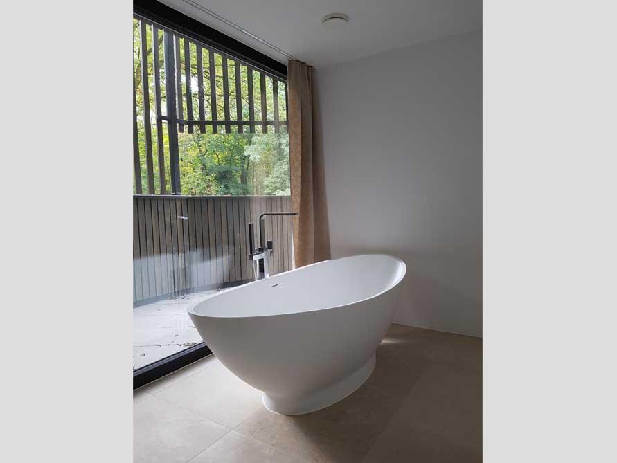 badezimmer idee como freistehenden badewanne wohlf hlerlebnis natur. Black Bedroom Furniture Sets. Home Design Ideas