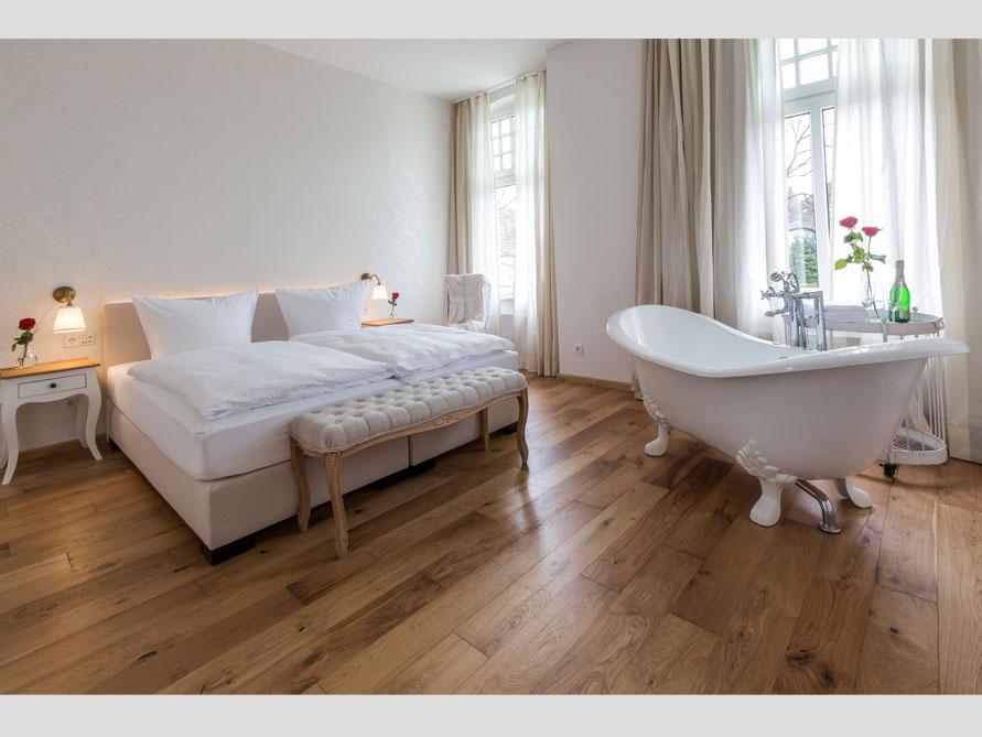 Badezimmer ideen mit der freistehenden badewanne edinburgh for Badezimmer ideen mit badewanne