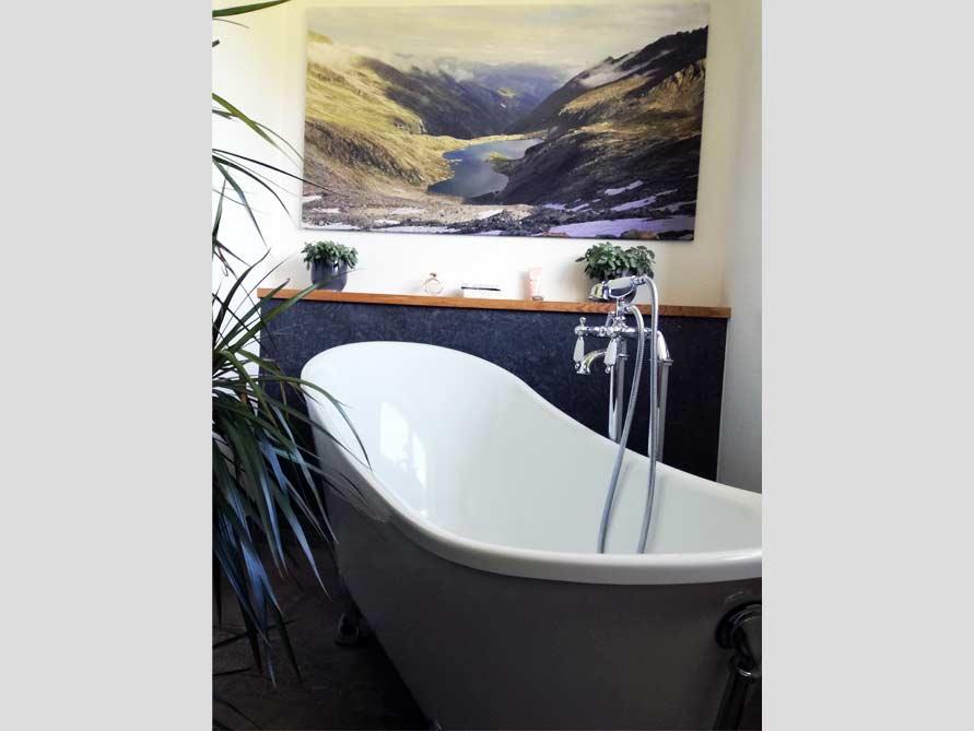 Badezimmer-Idee mit der freistehenden Nostalgie Badewanne Kingston 175