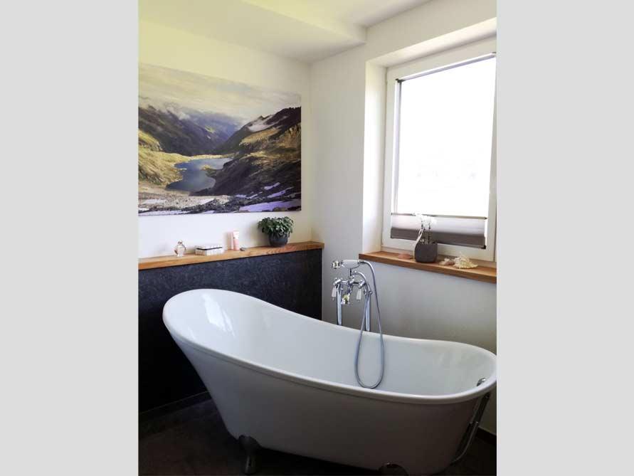 Badezimmer-Idee mit der freistehenden Badewanne Kingston 175