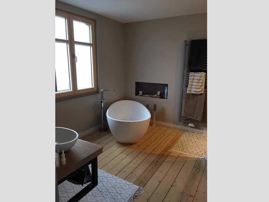 Badezimmer Idee Mit Der Freistehenden Badewanne Luino. «