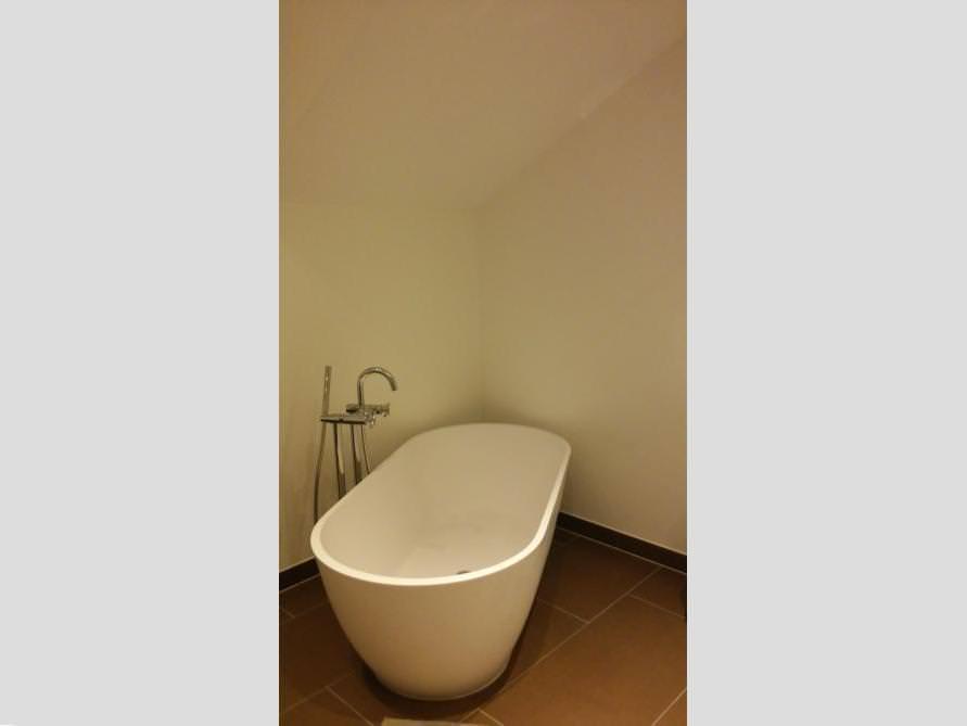 Badezimmer-Idee mit der freistehenden Badewanne Montecristo