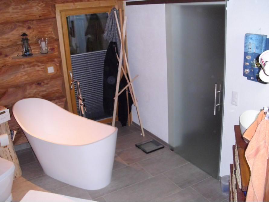 Badezimmer-Idee mit der freistehenden Nostalgie Badewanne Napoli