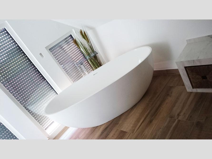 Badezimmer Idee Piemont Freistehenden Badewanne Dachschrage