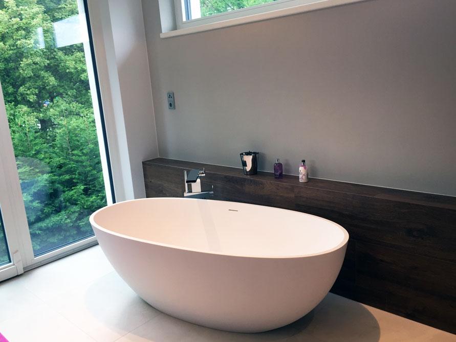 badezimmer idee piemont freistehenden badewanne antwort ppige. Black Bedroom Furniture Sets. Home Design Ideas