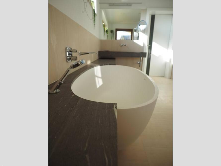badezimmer idee piemont medio freistehenden badewanne ablage l sung. Black Bedroom Furniture Sets. Home Design Ideas