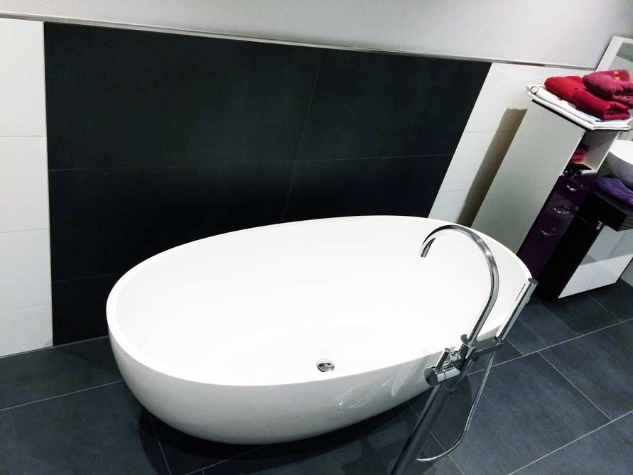 Badezimmer-Idee mit der freistehenden Badewanne Piemont Medio