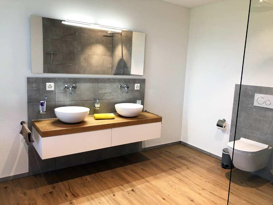 Badezimmer-Ideen mit Freistehende Badewanne Piemont Medio ...