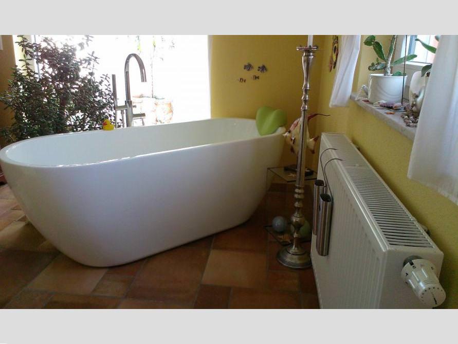 Badezimmer-Idee mit der freistehenden Badewanne Valencia