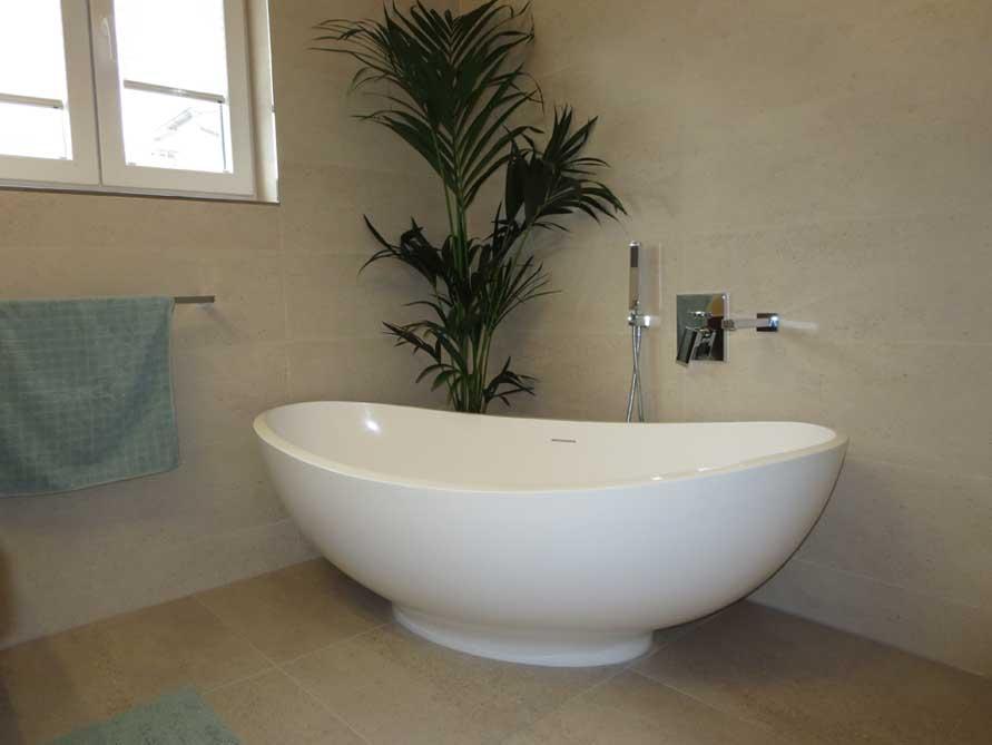 Badezimmer-Ideen mit der freistehenden Badewanne Vicenza