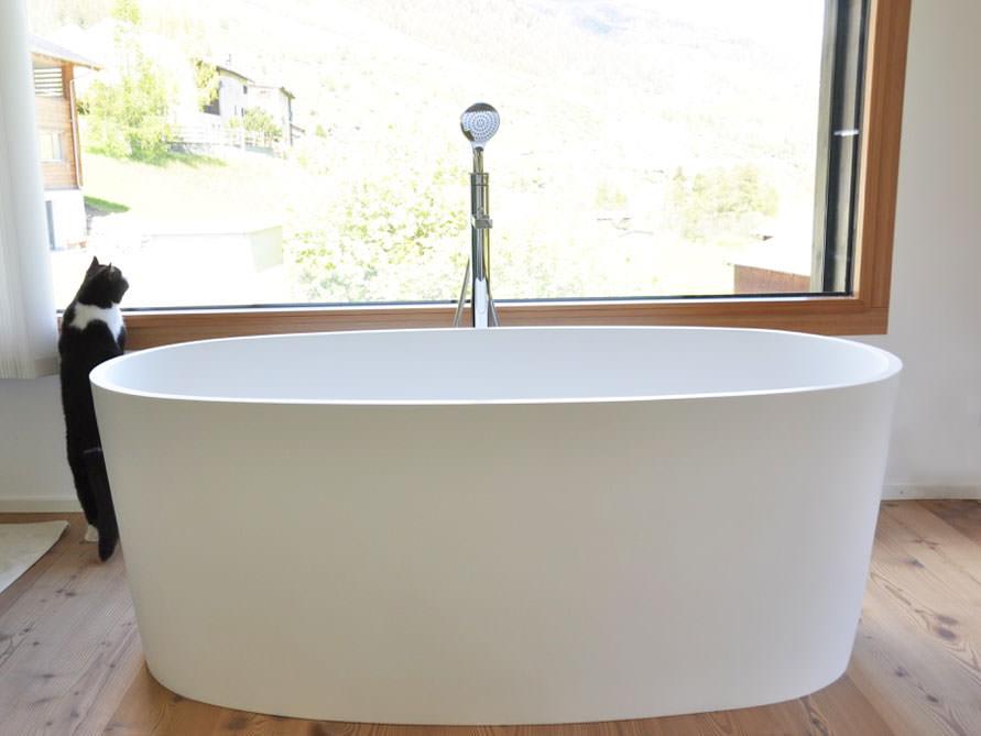 freistehende badewanne varese von b dermax mineralguss badewanne ebay. Black Bedroom Furniture Sets. Home Design Ideas